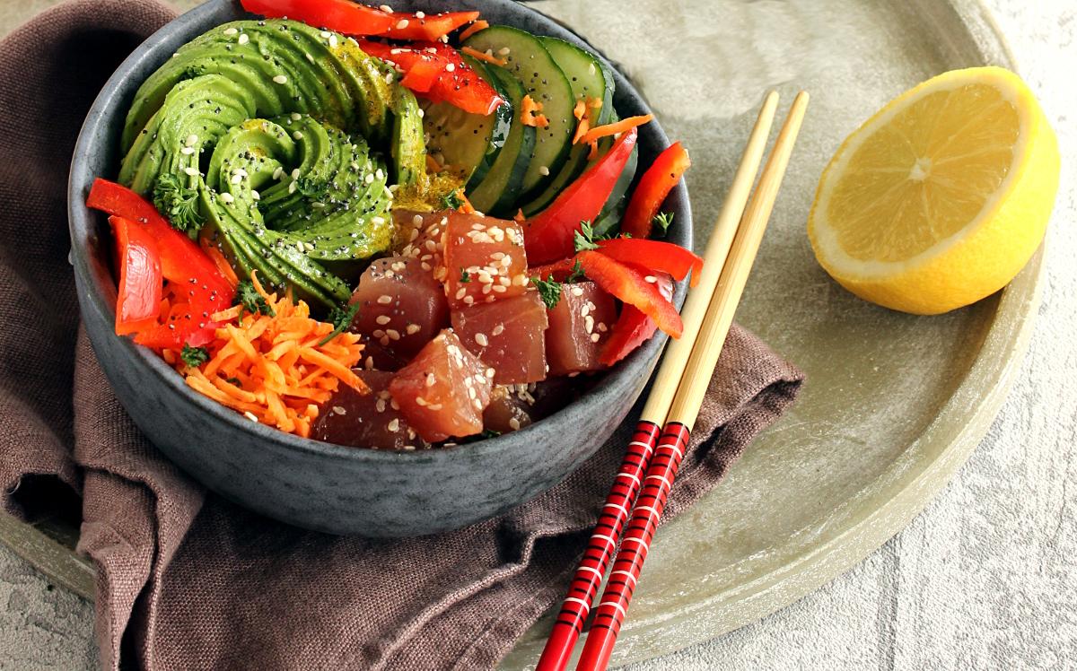 Poke bowl thon et légumes blog