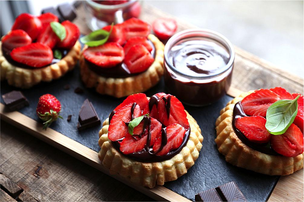 tartelette ganache chocolat noire et fraises